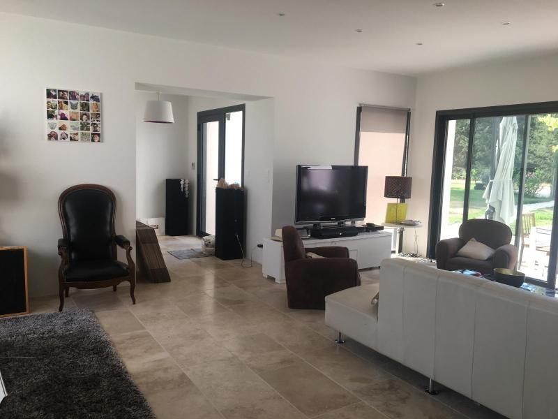 Location maison / villa Aix en provence 2700€ +CH - Photo 3