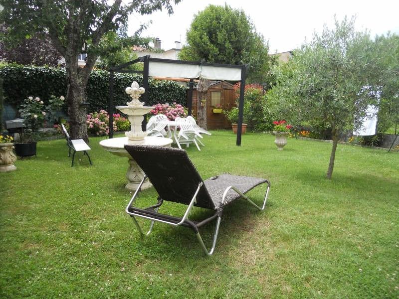 Deluxe sale house / villa Royan 577500€ - Picture 2