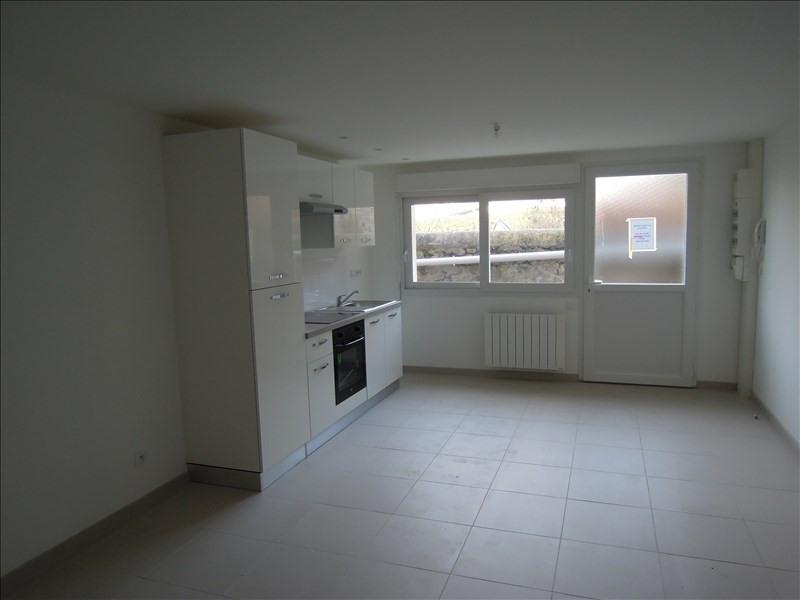 Rental apartment La ferte milon 550€ CC - Picture 1