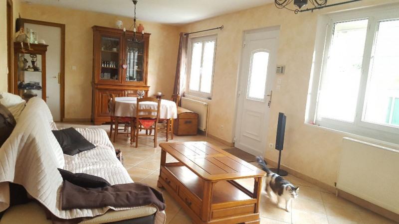 Sale house / villa Auneuil 168000€ - Picture 2