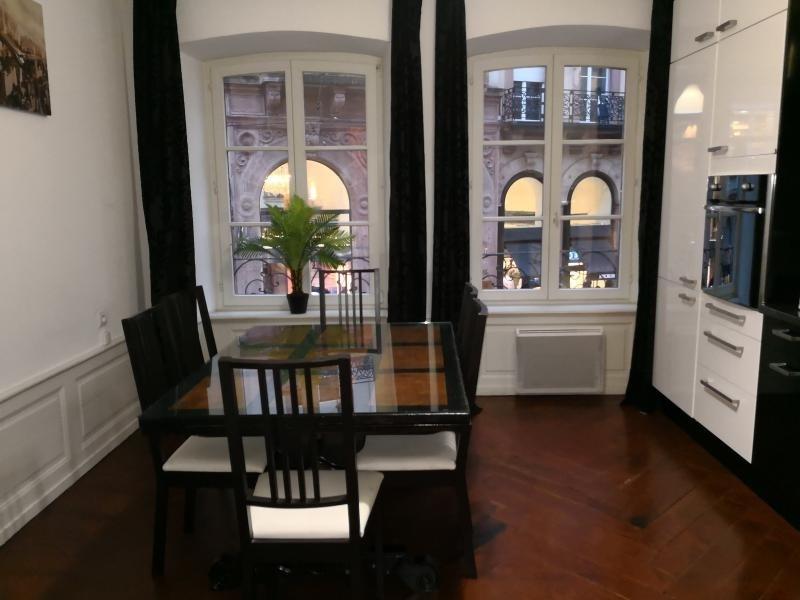 Rental apartment Strasbourg 950€ CC - Picture 2