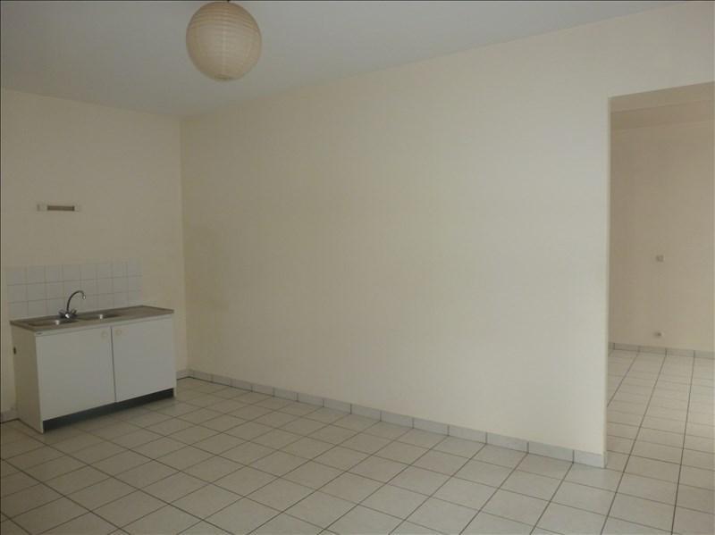 Location appartement Chatellerault 433€ CC - Photo 1