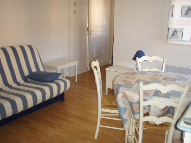 Rental apartment Honfleur 350€cc - Picture 1