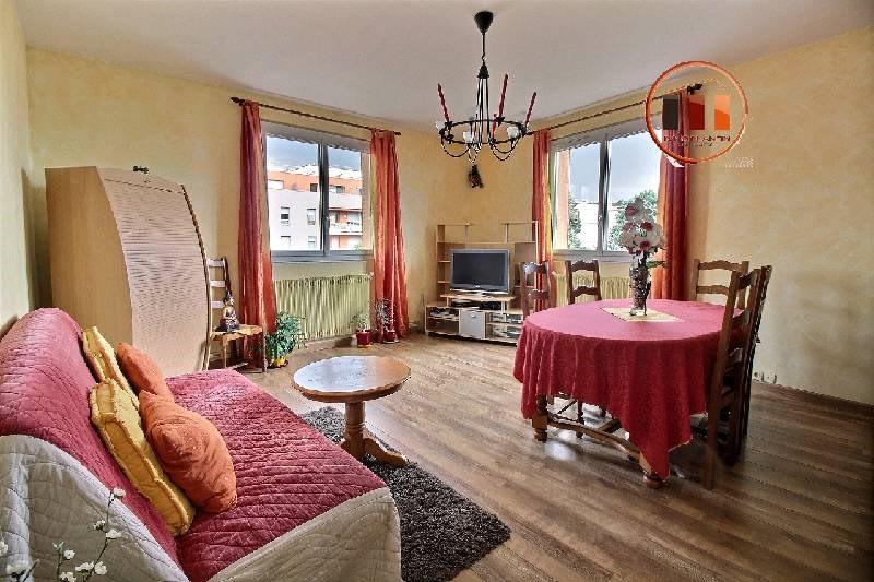 Sale apartment Vernaison 158000€ - Picture 1