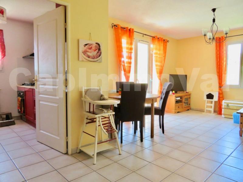 Sale apartment Le beausset 227000€ - Picture 5