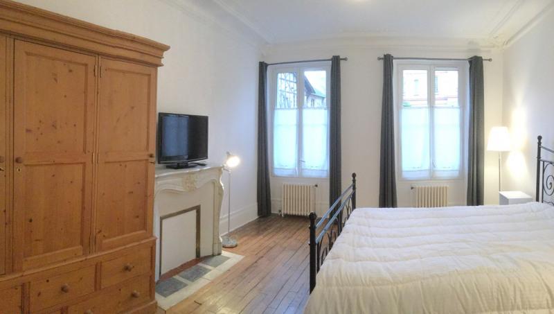 Rental apartment Fontainebleau 1070€ CC - Picture 1