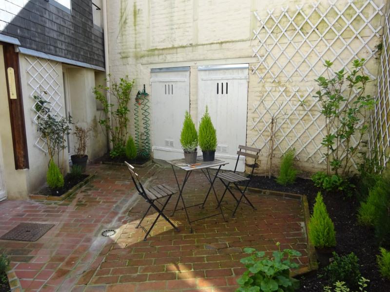 Rental house / villa Honfleur 1610€ CC - Picture 1