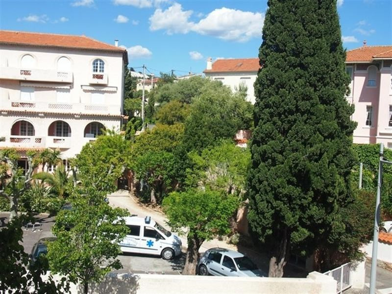 Vacation rental apartment Bandol 260€ - Picture 1
