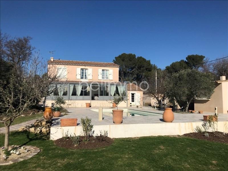 Deluxe sale house / villa La barben 585000€ - Picture 1