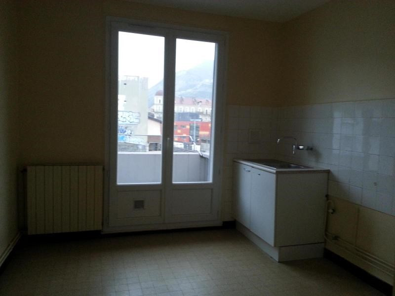 Location appartement Grenoble 571€ CC - Photo 6