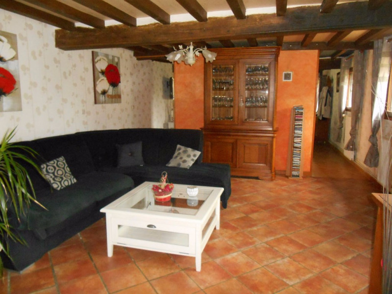 Sale house / villa Gaudechart 219000€ - Picture 5