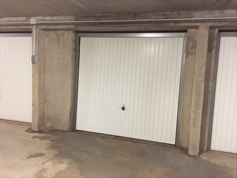 Sale parking spaces La londe les maures 20900€ - Picture 2