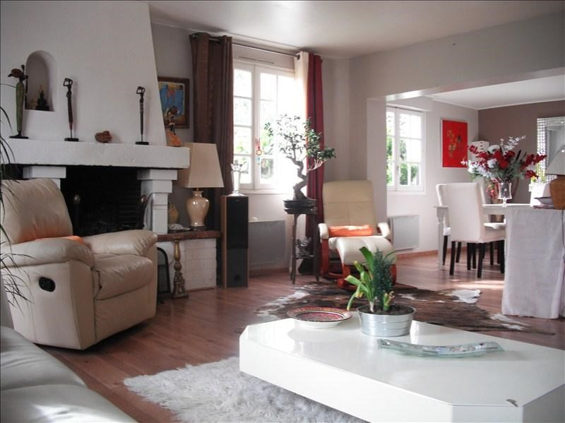 Sale house / villa Bonsecours 260 000€ - Picture 1