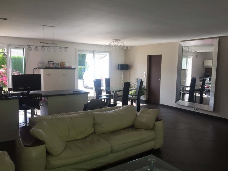 Deluxe sale house / villa Santeny 482000€ - Picture 2