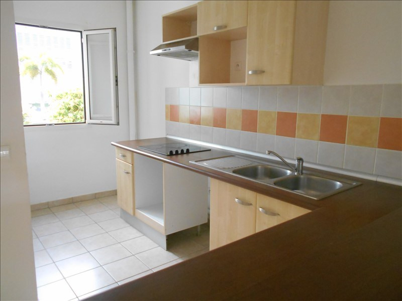 Sale apartment St francois 235 000€ - Picture 3