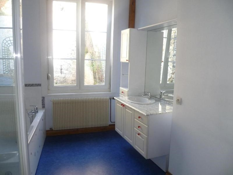 Location maison / villa Saint - omer 680€ CC - Photo 3