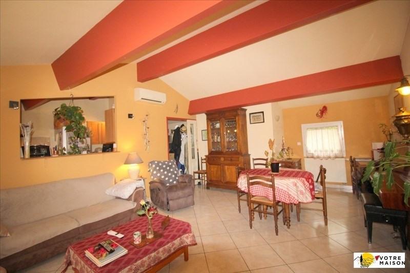 Sale apartment Salon de provence 229900€ - Picture 2