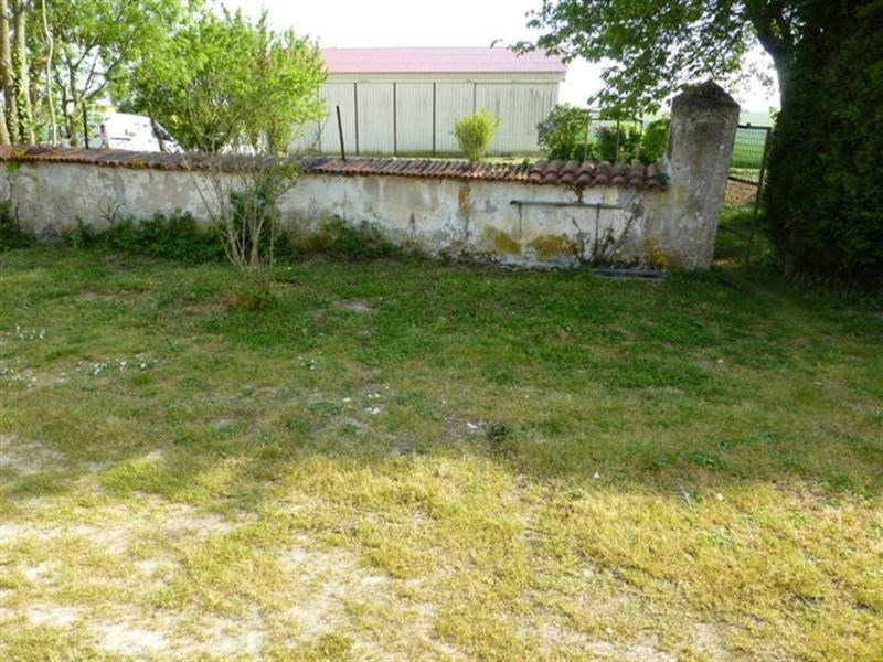 Rental house / villa La benâte 580€ CC - Picture 6