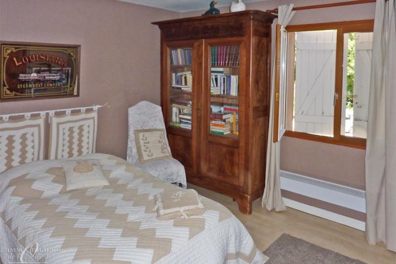Deluxe sale house / villa Lissieu 475000€ - Picture 4