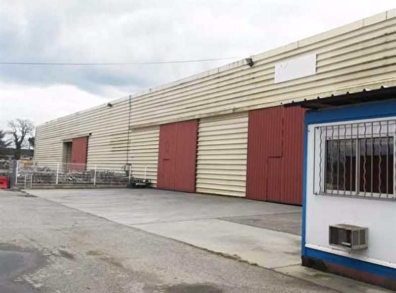 Location Local d'activités / Entrepôt Saint-Sauveur 0