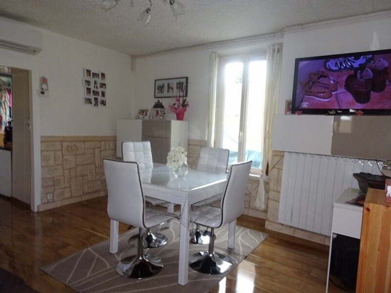 Sale house / villa Viarmes 220000€ - Picture 3