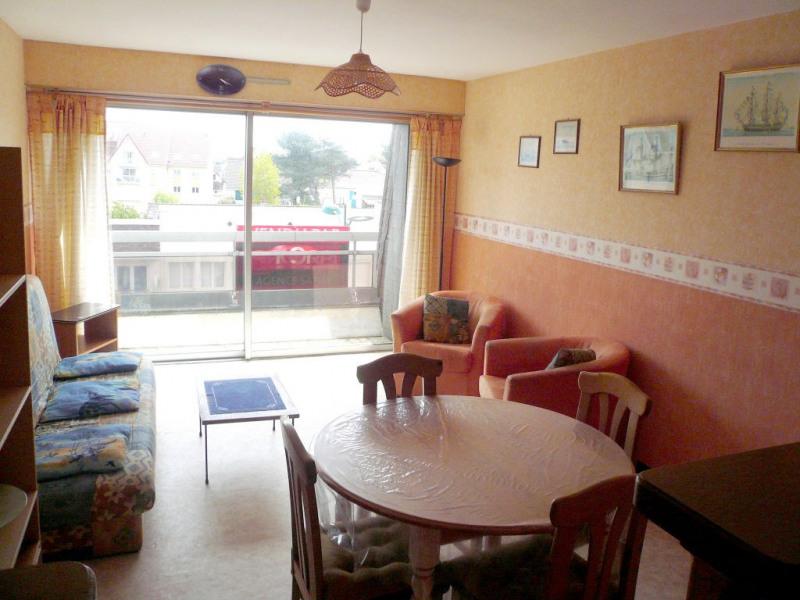 Sale apartment Cucq 117000€ - Picture 1