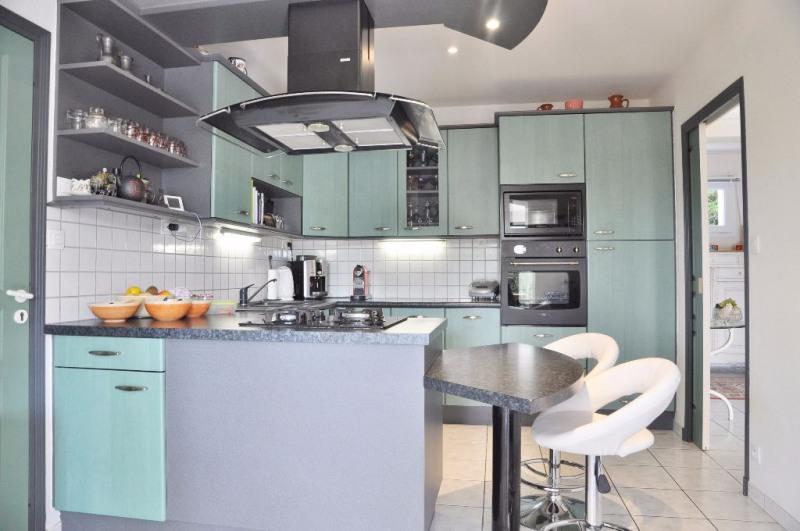 Deluxe sale house / villa Saint berthevin 582000€ - Picture 10