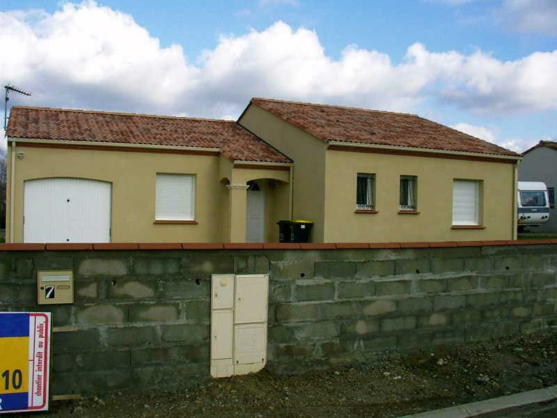 Location maison / villa Brax 700€ CC - Photo 1