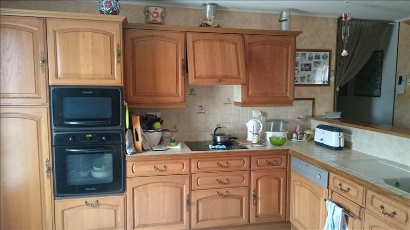 Sale house / villa Villeneuve l'archev 180000€ - Picture 4