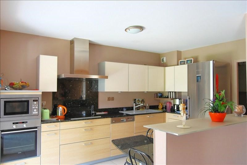 Sale apartment Pau 269000€ - Picture 3