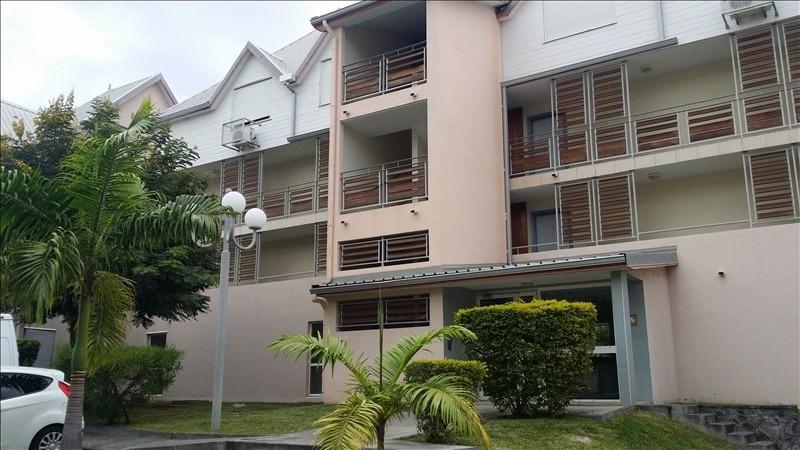 Location appartement La possession 700€ CC - Photo 1