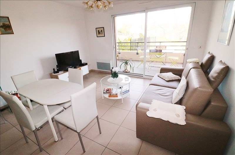 Sale apartment Nice 238500€ - Picture 3