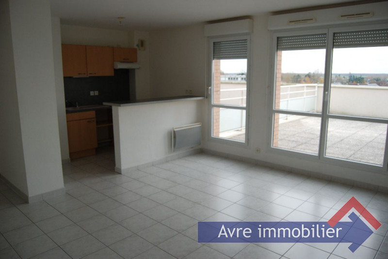 Rental apartment Verneuil d avre et d iton 407€ CC - Picture 1