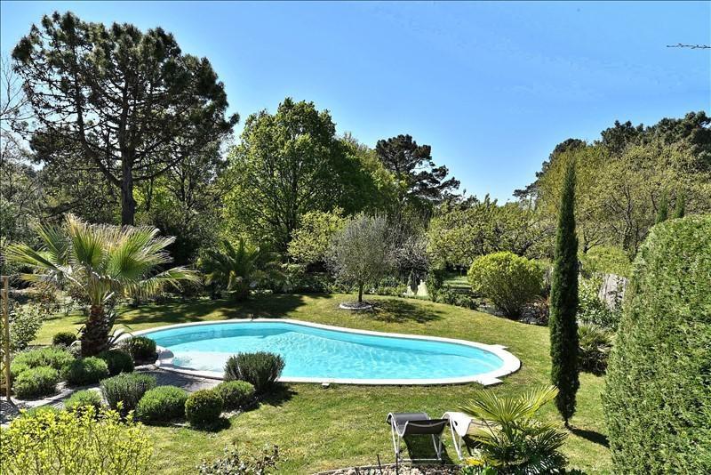 Deluxe sale house / villa Breuillet 632000€ - Picture 2