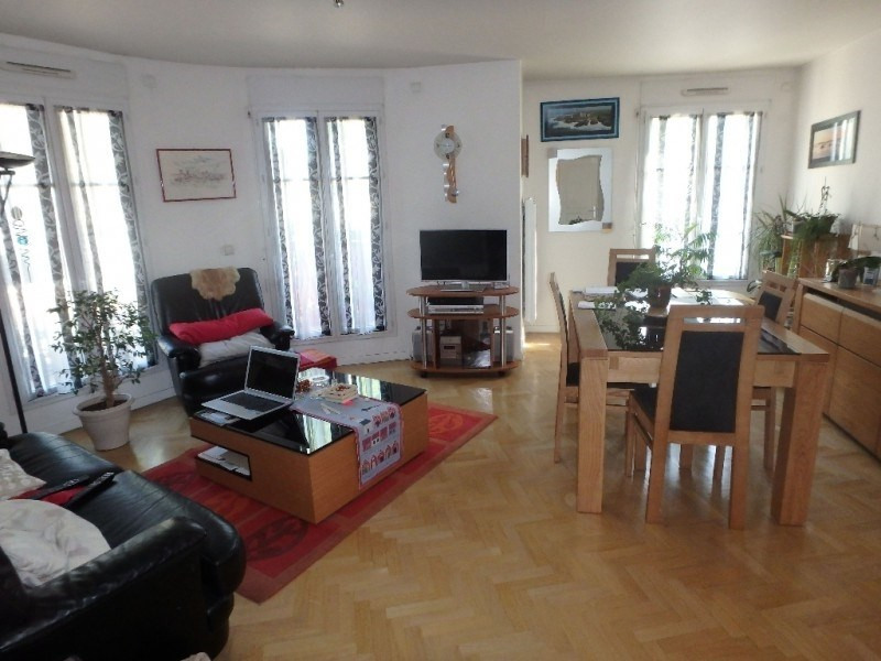 Rental apartment Viroflay 1 384€ CC - Picture 1