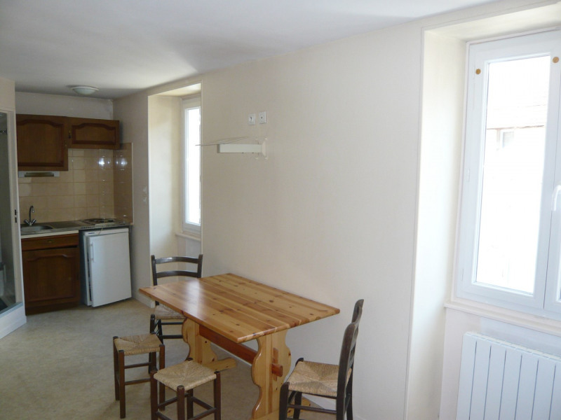 Rental apartment La balme-les-grottes 400€ CC - Picture 1