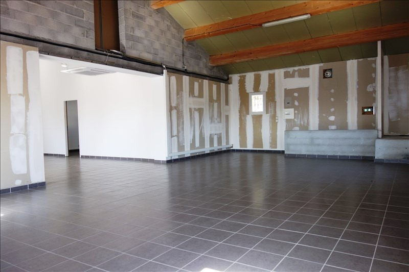 Location local commercial La londe les maures 3 000€ +CH/ HT - Photo 7