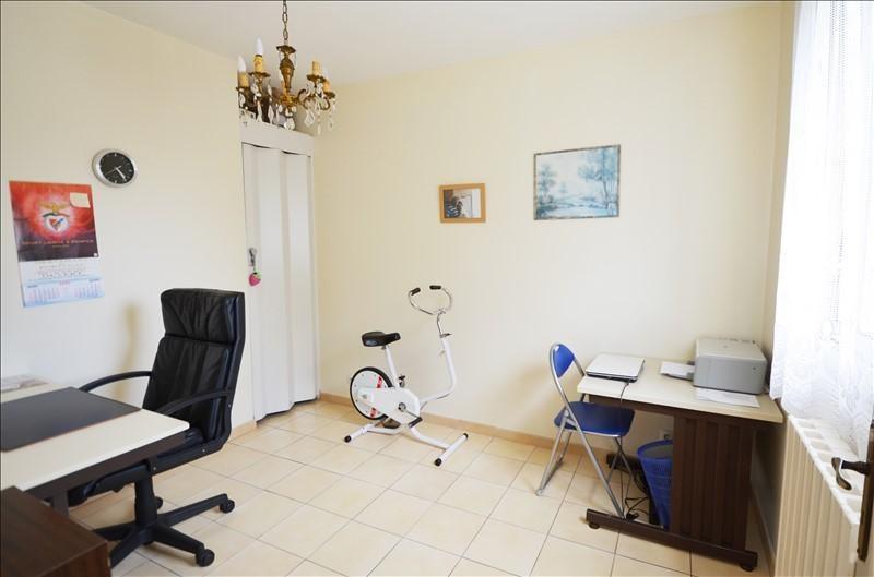 Sale house / villa Carrieres sur seine 760000€ - Picture 7