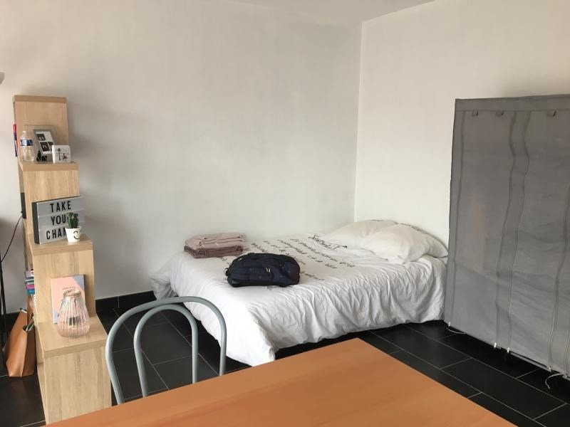Location appartement Laval 377€ CC - Photo 2