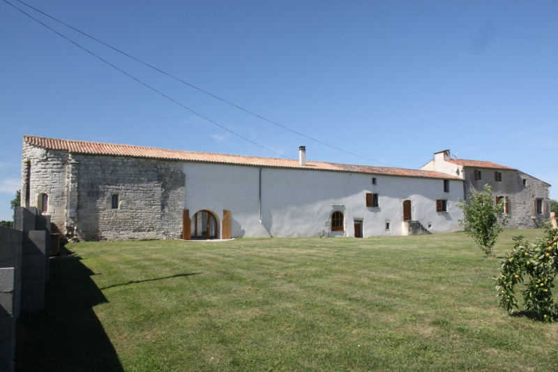 Vente maison / villa Prisse la charriere 420000€ - Photo 1