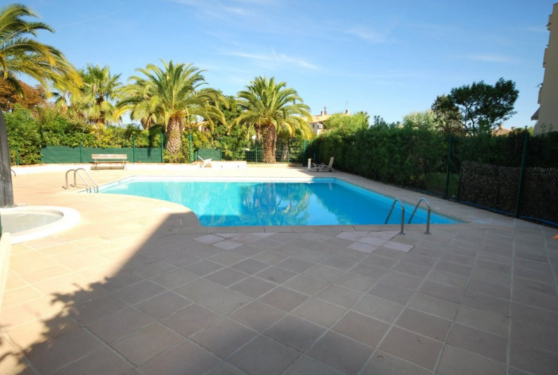 Location appartement Antibes 762€ CC - Photo 6