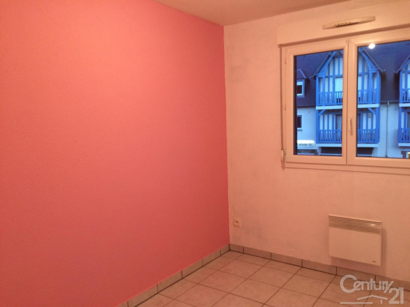 Rental apartment St arnoult 620€ CC - Picture 5