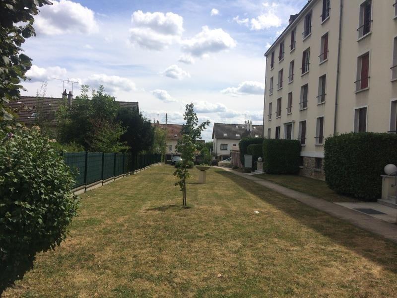Sale apartment Villeneuve le roi 130000€ - Picture 2