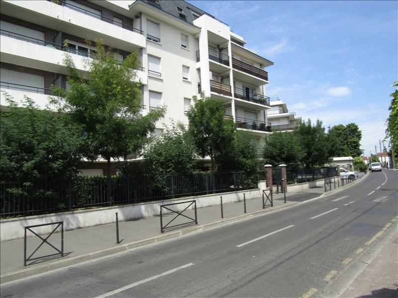 Rental apartment Deuil la barre 795€ CC - Picture 1