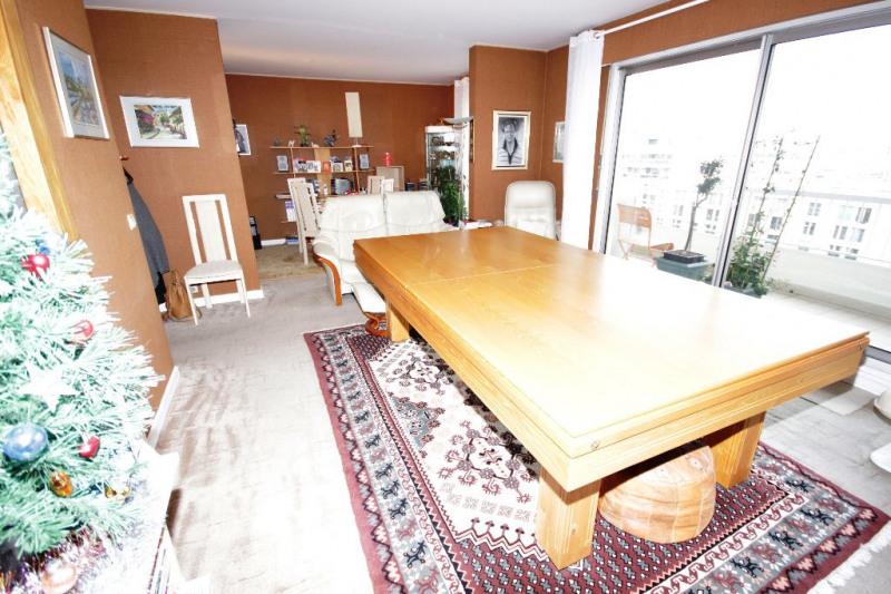 Sale apartment Courbevoie 638600€ - Picture 3