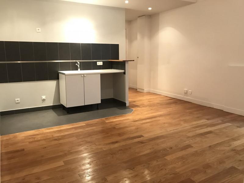 Rental apartment Boulogne-billancourt 1105,26€ CC - Picture 2