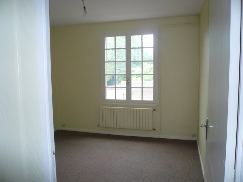 Location appartement Figeac 470€ CC - Photo 3