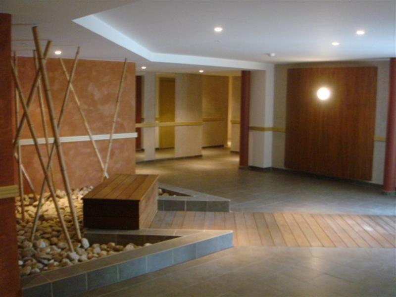 Location appartement Nimes 560€ CC - Photo 3