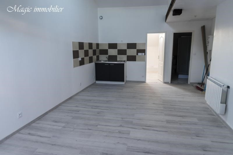 Rental apartment Oyonnax 365€ CC - Picture 5