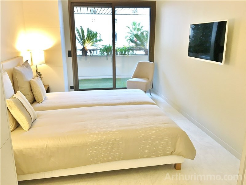 Deluxe sale apartment Cannes 1 270 000€ - Picture 5